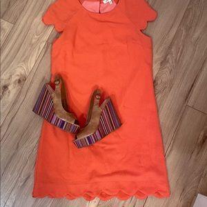 Peach coral scalloped hem shift dress
